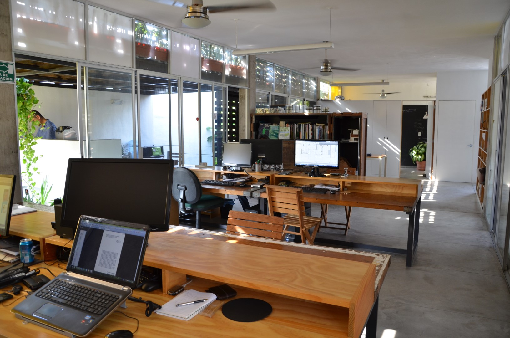Oficina-Estudio-Arvidana-arquitectos-en-puerto-vallarta